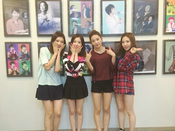 Red Velvet Radio
