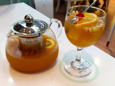 Fruit Tea at Dazzling Cafe Capitol Piazza