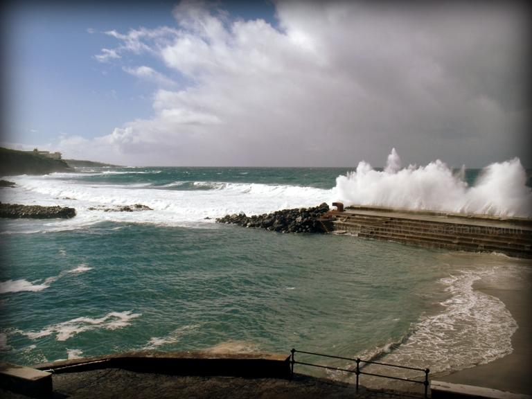 Tenerife en im genes piscinas naturales de bajamar la for Piscinas naturales de tenerife