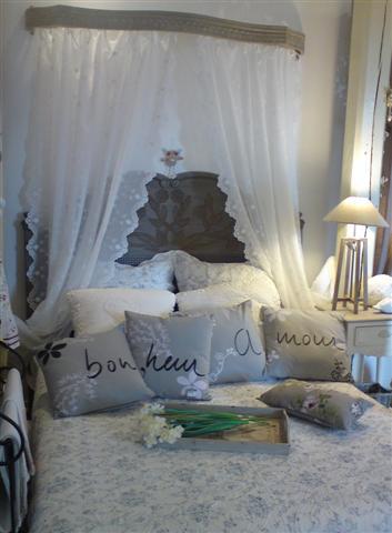 rideaux couvre lit La Demoiselle d'Avignon rideaux couvre lit