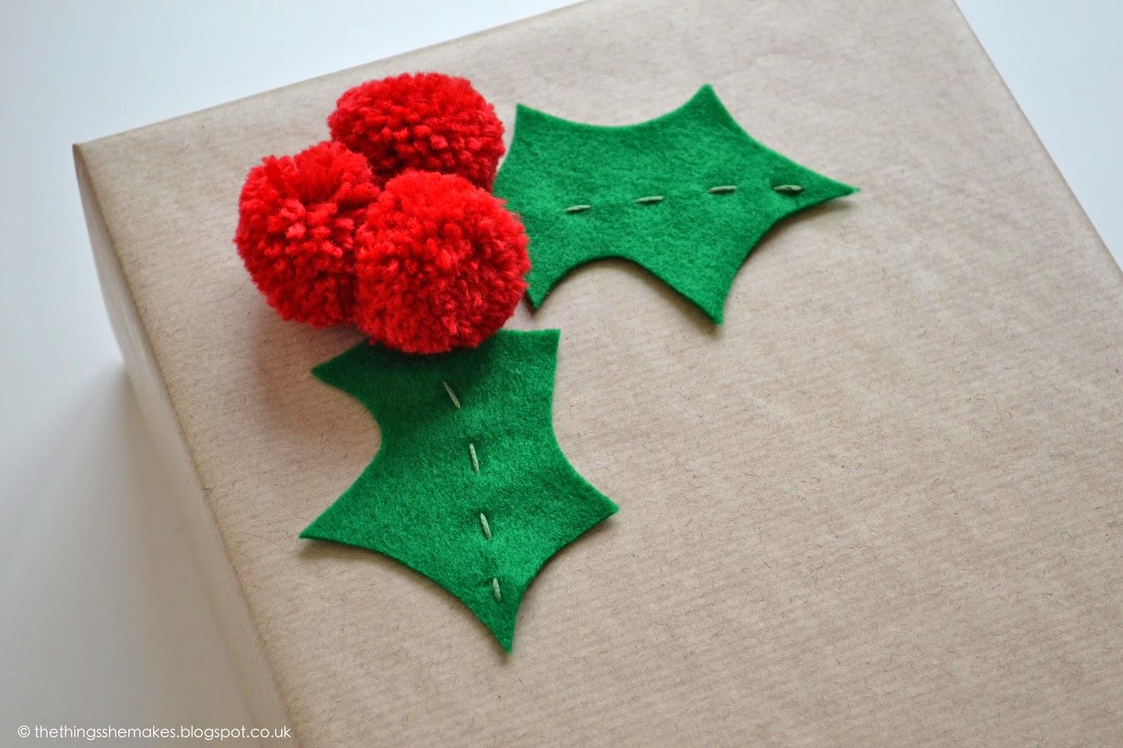 Pom Pom Holly Gift Wrap