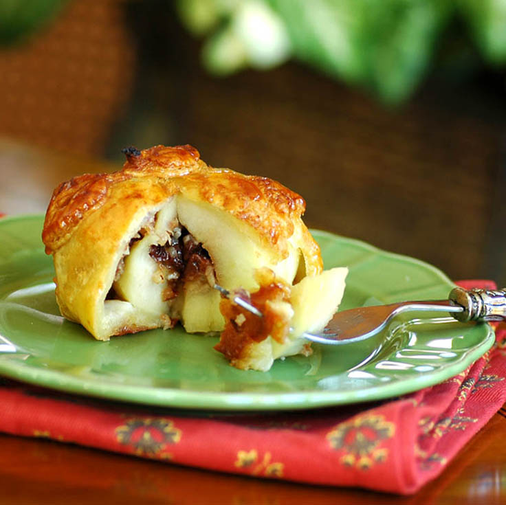 Apple Dumplings with Dried Fruit and Nut Filling