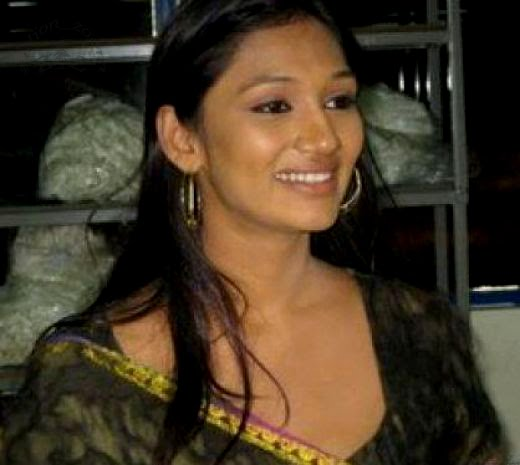 Upeksha Swarnamali sexy image