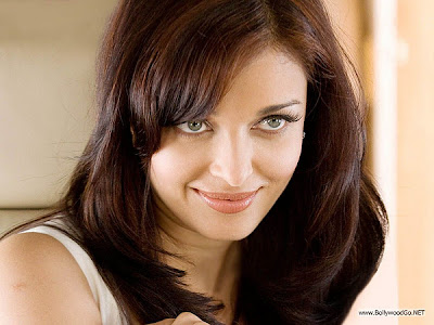 10 HD Aishwarya Rai Pictures and Wallpapers - Super Collection