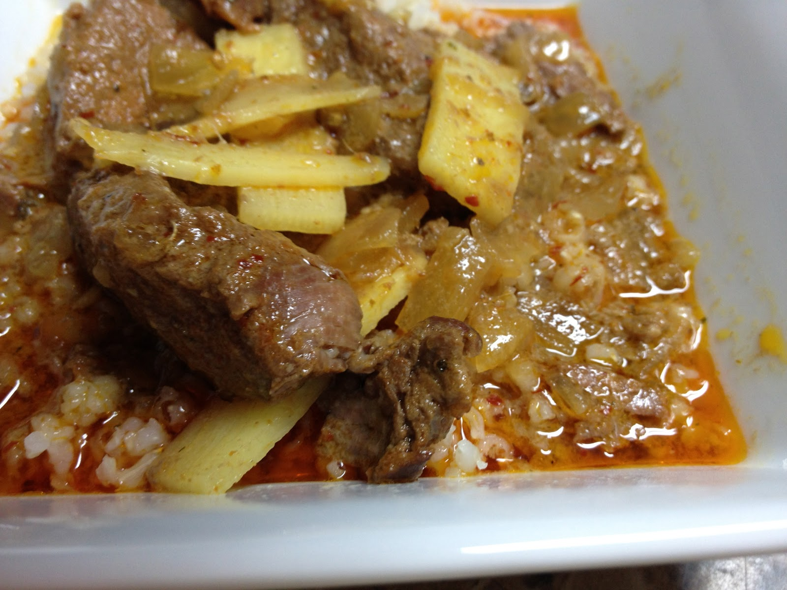 ... Me the Way I Am: recipe of the week: (slow cooker) thai red curry beef
