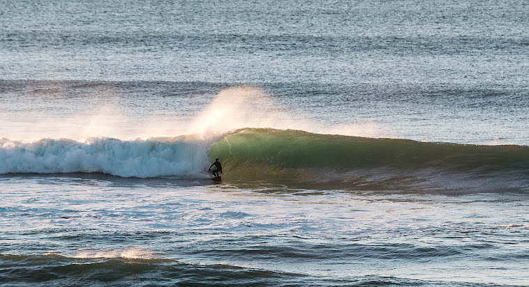 Kevin Gile scoring some fun waves in Lincoln City