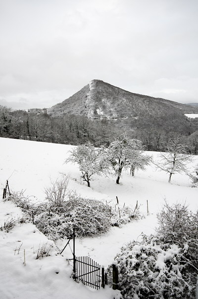 Photo of the french countryside covered by fresh snow