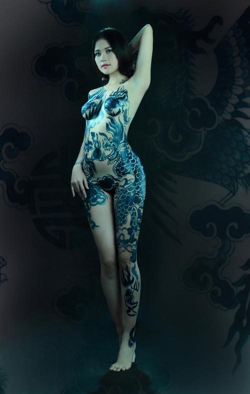 Ảnh gái đẹp sexy với body painting Phần 1 22
