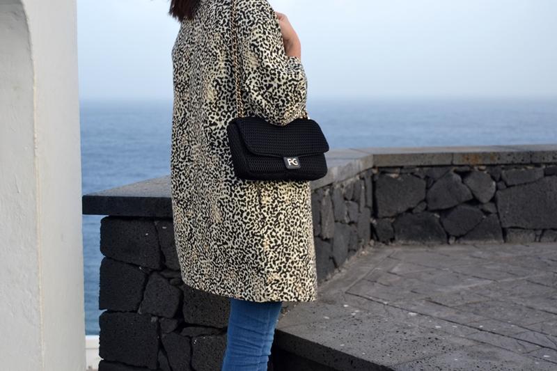 leo_coat_3