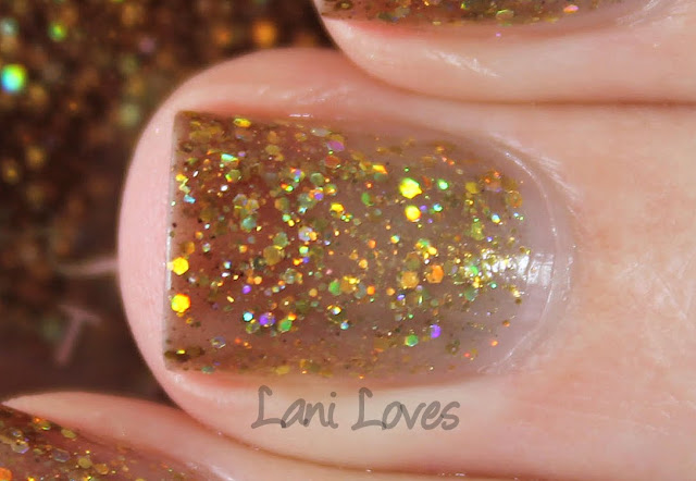 Femme Fatale Cosmetics Lion's Breath nail polish swatches & review