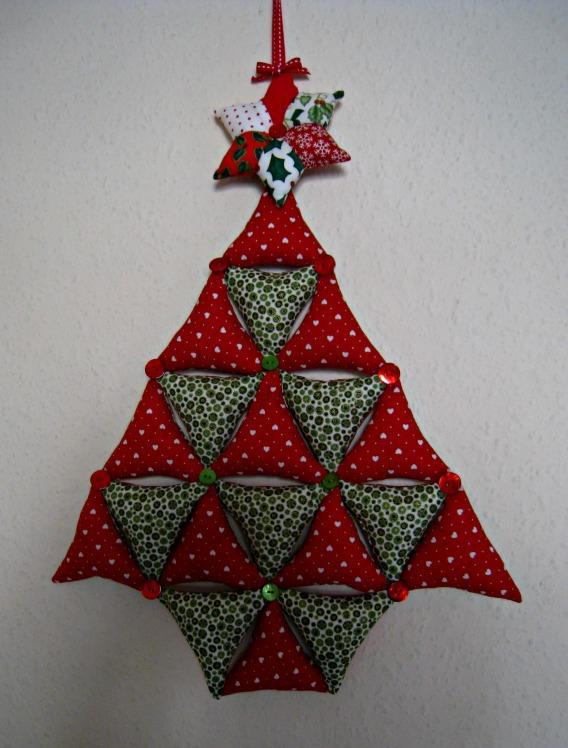 Rosmademe Stuff The Bunting Christmas Tree Tutorial