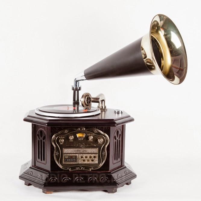 Современный граммофон CR2034A