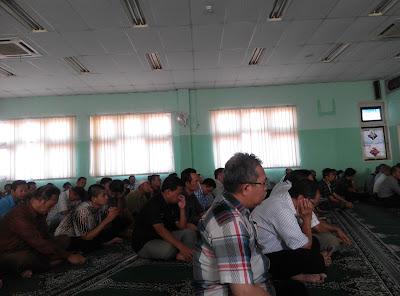 Kultum di masjid kantorku, ba'da Duhur