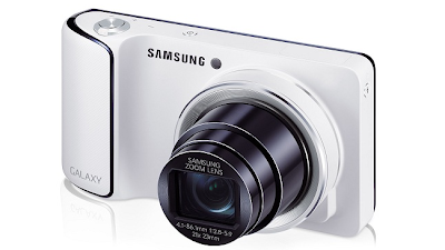 Samsung Galaxy S4 Zoom - Display And Design