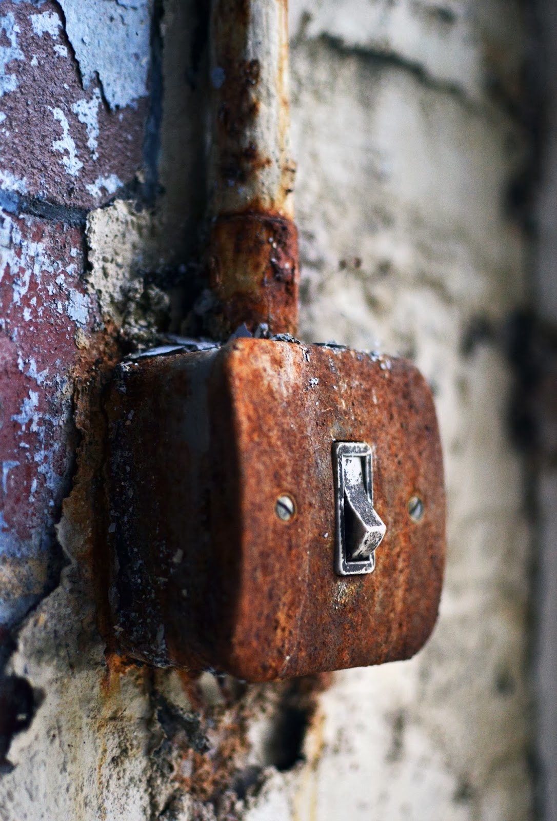 fothergill and harvey, rock nook mill, littleborough, urbex, explore, urban, derp, manchester, mill, factory, industrial, fittings, light switch, rust, paint, peeling, derelict, dereliction, decay, abandoned, ghost, adventure, danger