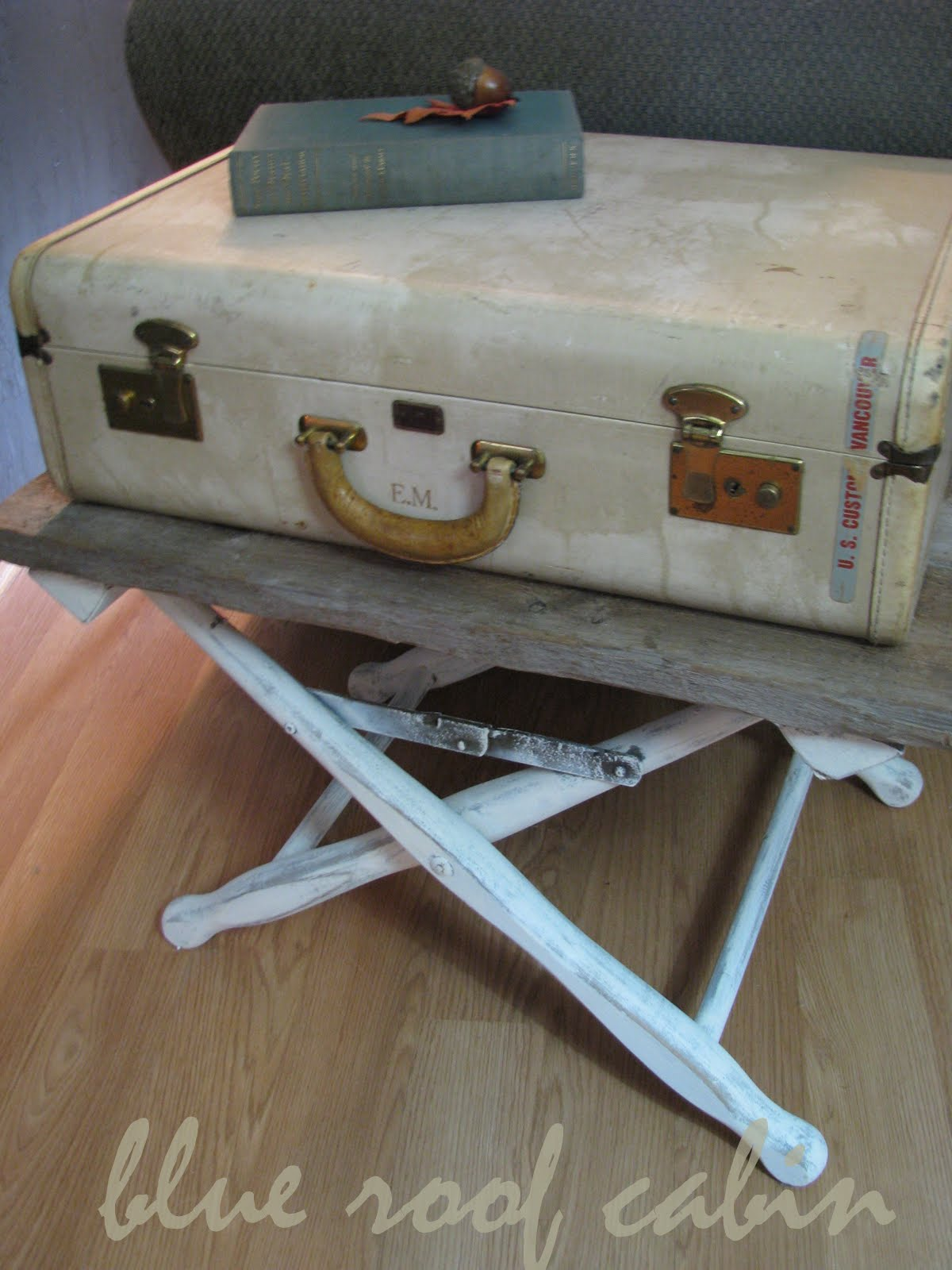 blue roof cabin: VINTAGE SUITCASE END TABLE