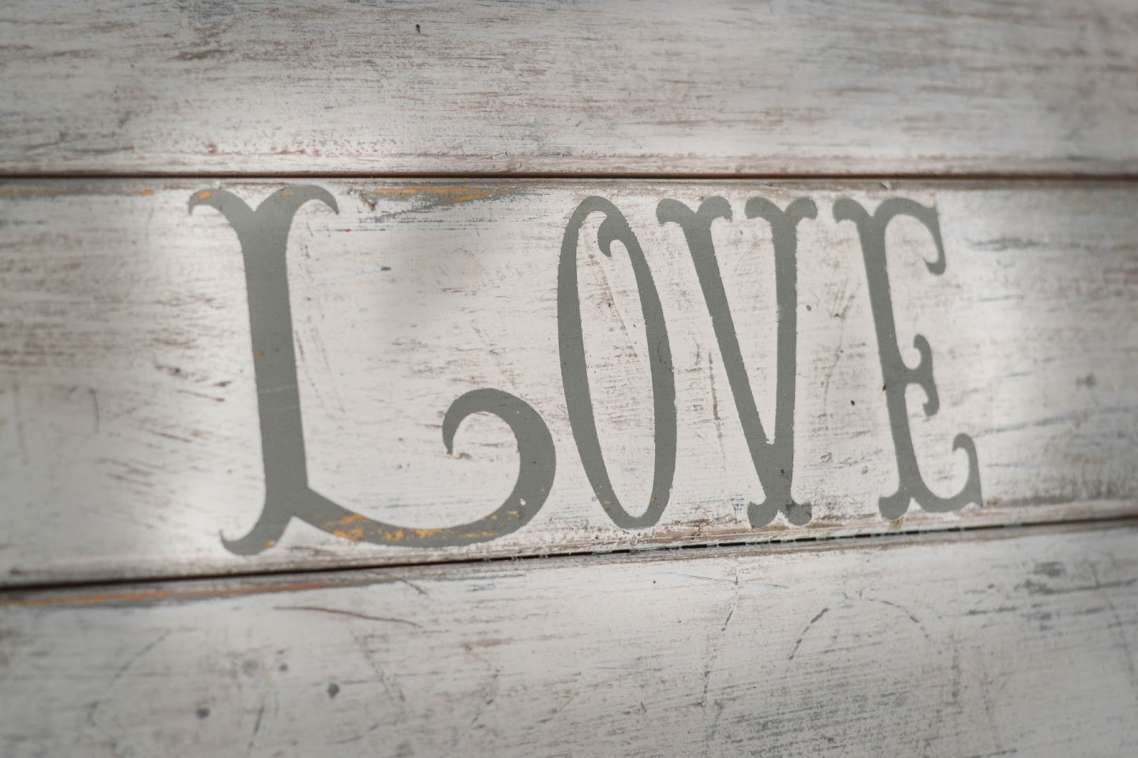 Down To Earth Style Love Changes Everything Fence Sign