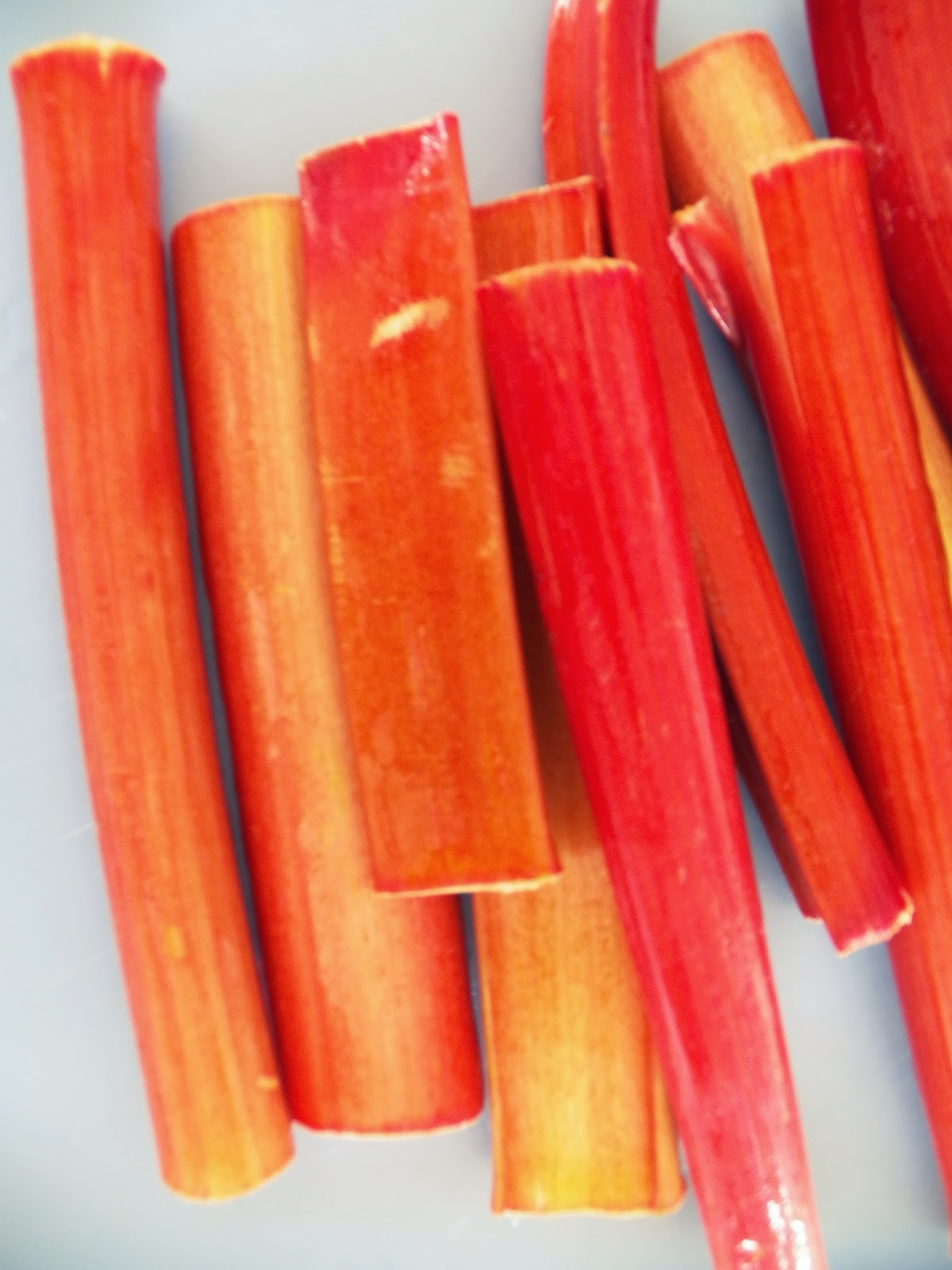 how to prepare rhubarb for cooking