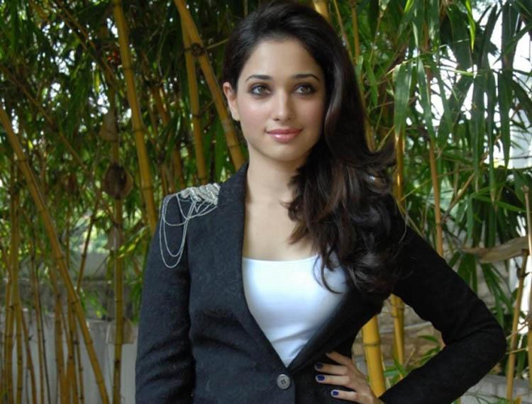 Download Latest HD Photos Of Tamanna Bhatia