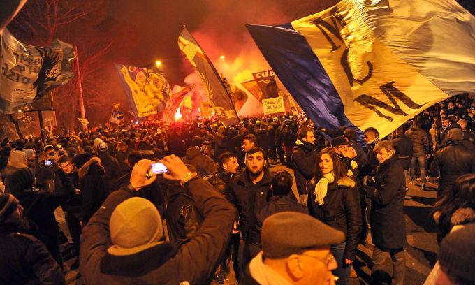 Le Mouvement en Italie . - Page 9 Lazio%20113-2