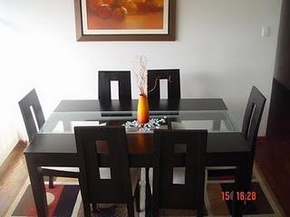 Decora interiores y mas elegancia para tu comedor for Juego de comedor minimalista