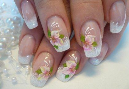 Todo Sobre Manos Y Pies Manicure Y Disenos De Unas Con Flores Para