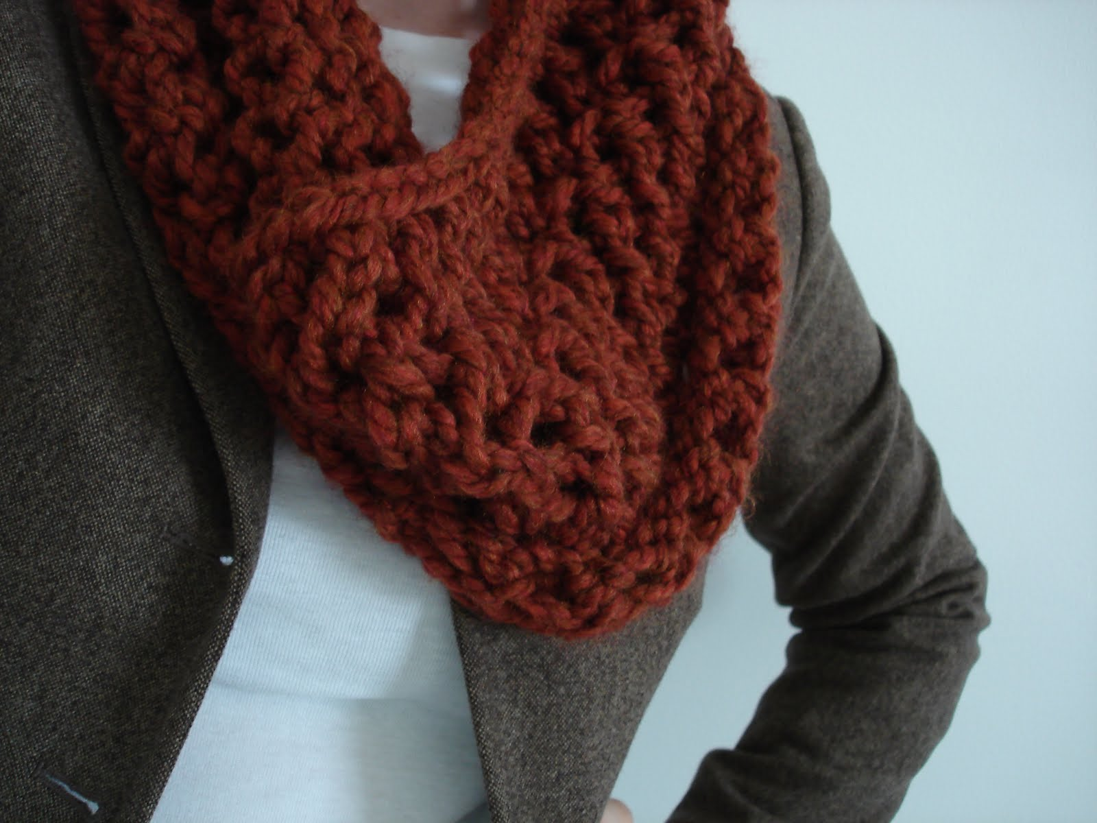 Free Knitting Patterns For Cowl Neck Scarves : Fiber Flux: Free Knitting Pattern...Spice Cowl!