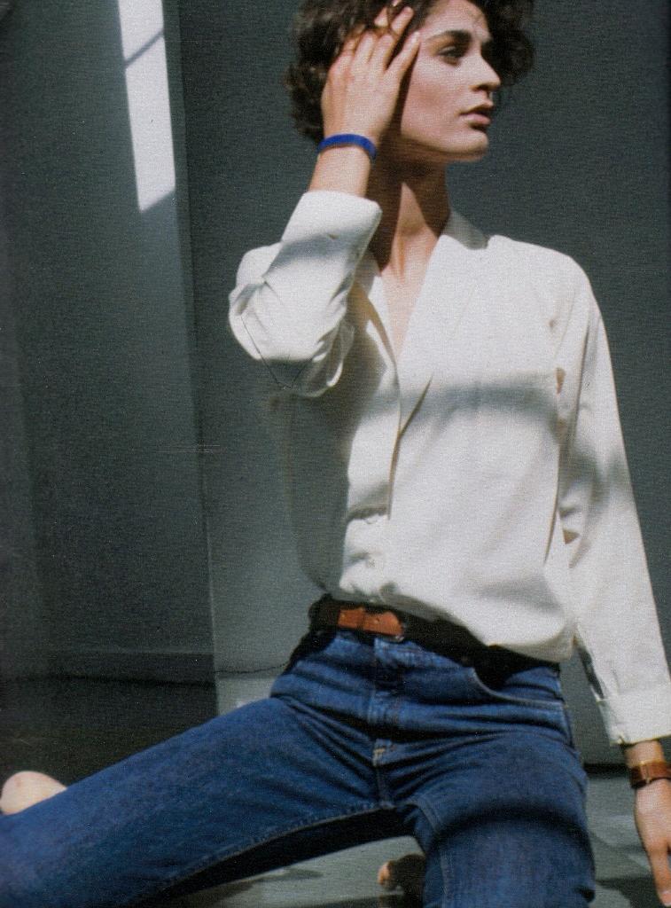 Elle France July 1994 / white shirt in fashion editorials / short history of white shirt / wardrobe essentials / via fashioned by love british fashion blog