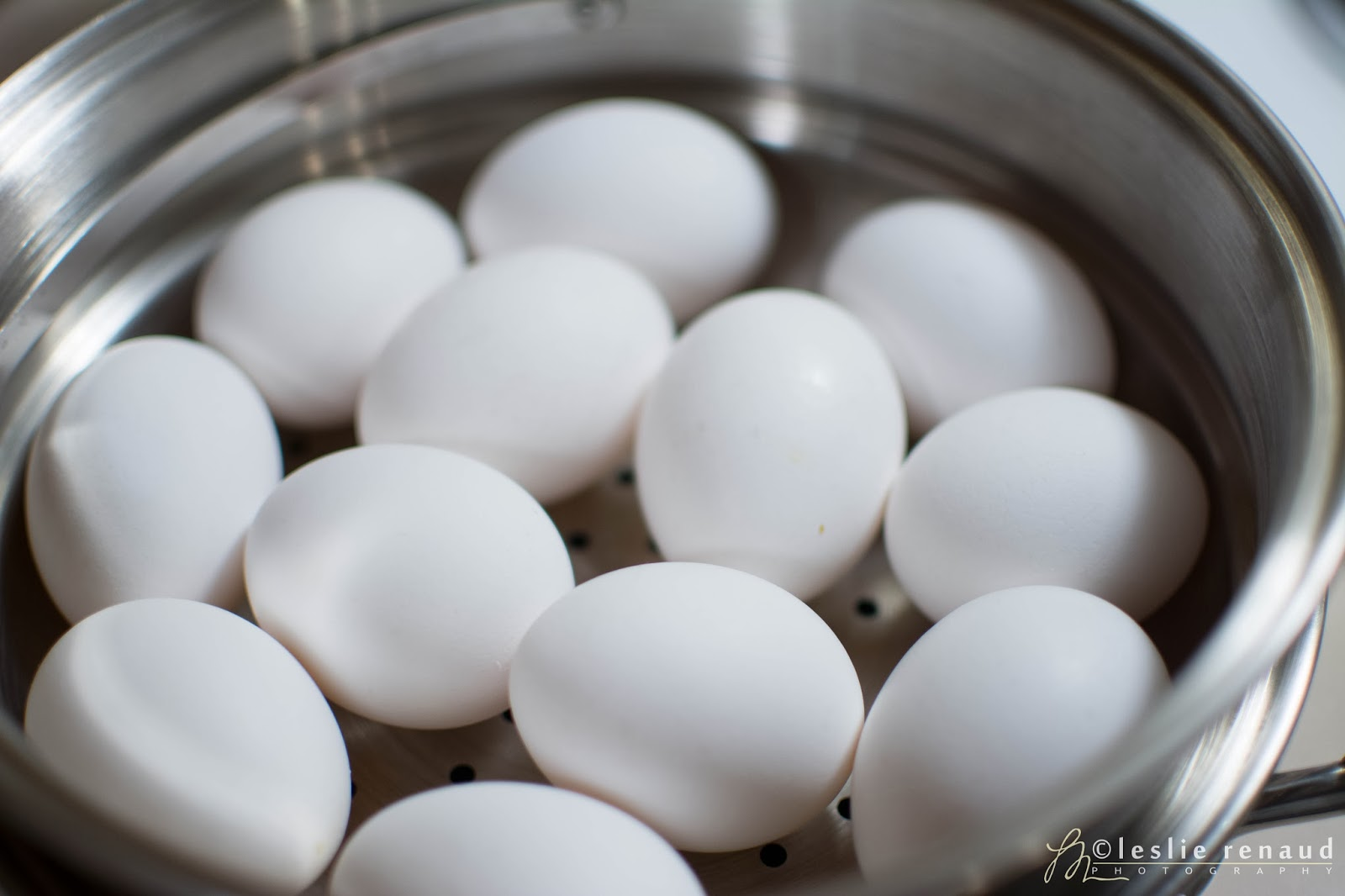 Perfect Easytopeel Hardboiled Eggs Some Say To Add Vinegar To The Water,  Others Say Salt