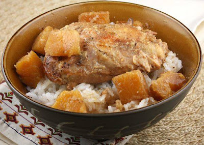 Slow Cooker Pineapple Chicken from Recipe Girl [found on SlowCookerFromScratch.com]