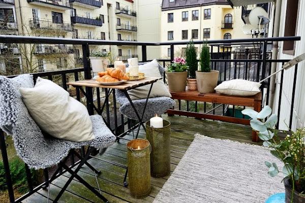 Insp raci n balcones de invierno con encanto decorar - Balcones pequenos con encanto ...