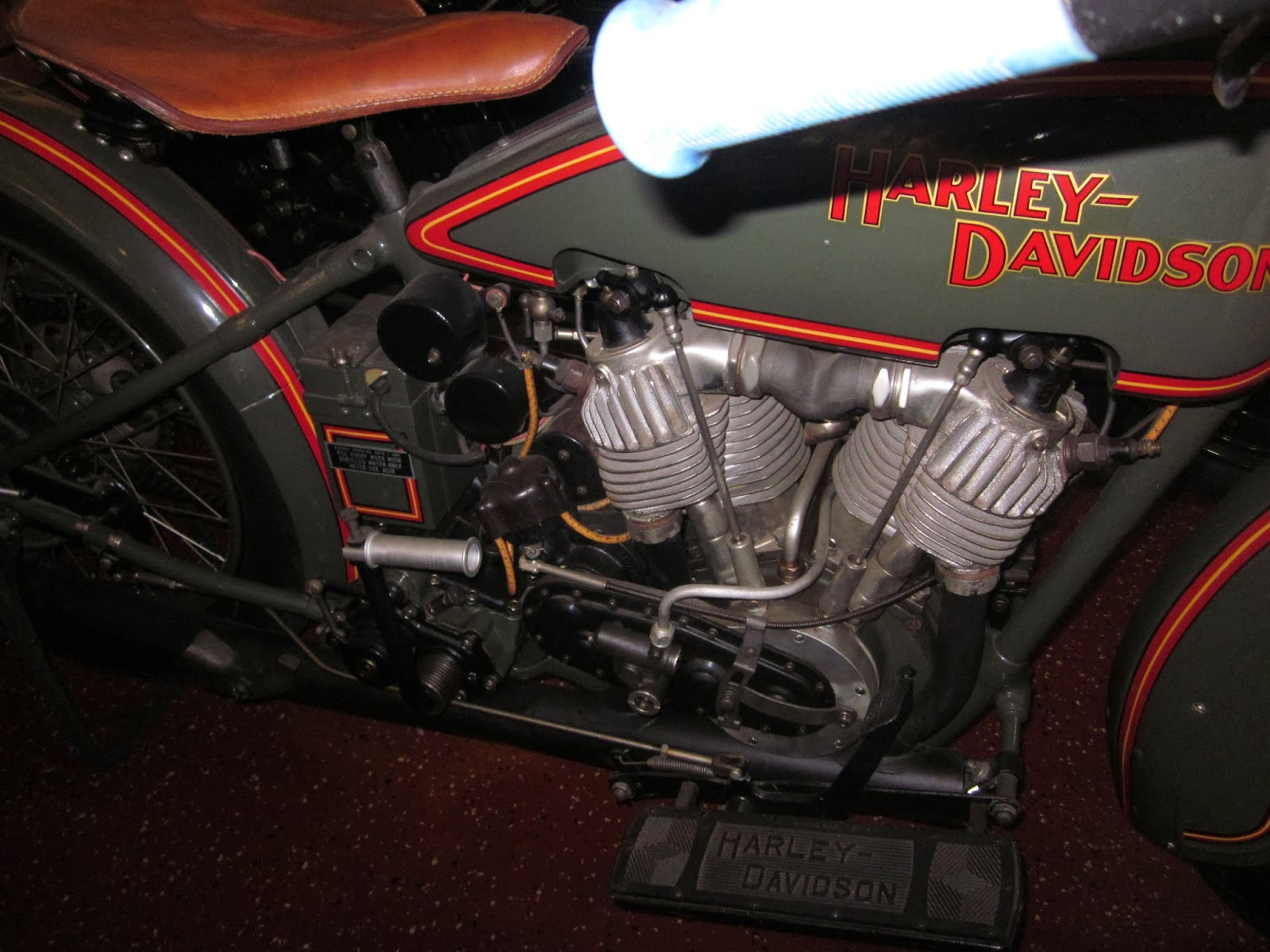 harley davidson jdcb on display at the world of motorcycles museum ...