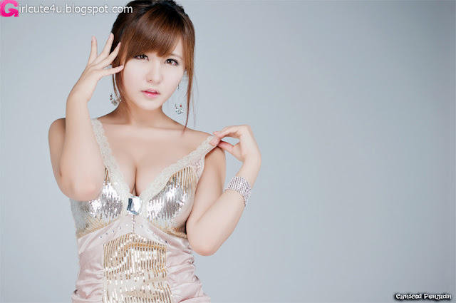 Ryu-Ji-Hye-V-Neck-Sequin-Dress-01-very cute asian girl-girlcute4u.blogspot.com