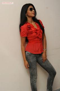 Shriya-Latest-Stills
