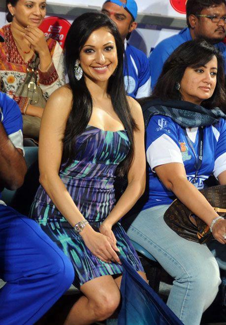 madhuri bhattacharya at ccl actress pics