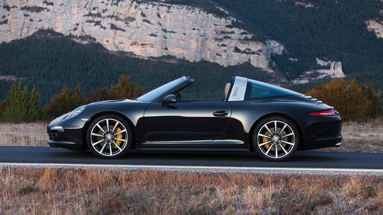 The 2014 Porsche 911 Targa 4S side