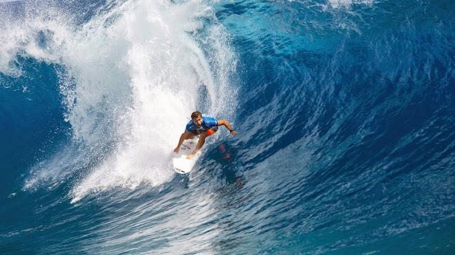 Billabong Pro Tahiti 2014 Ronda2 11 Foto ASP Kirstin