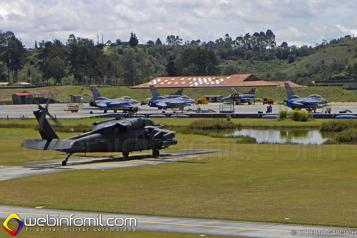 Black hawk F-16 kfir Colombia