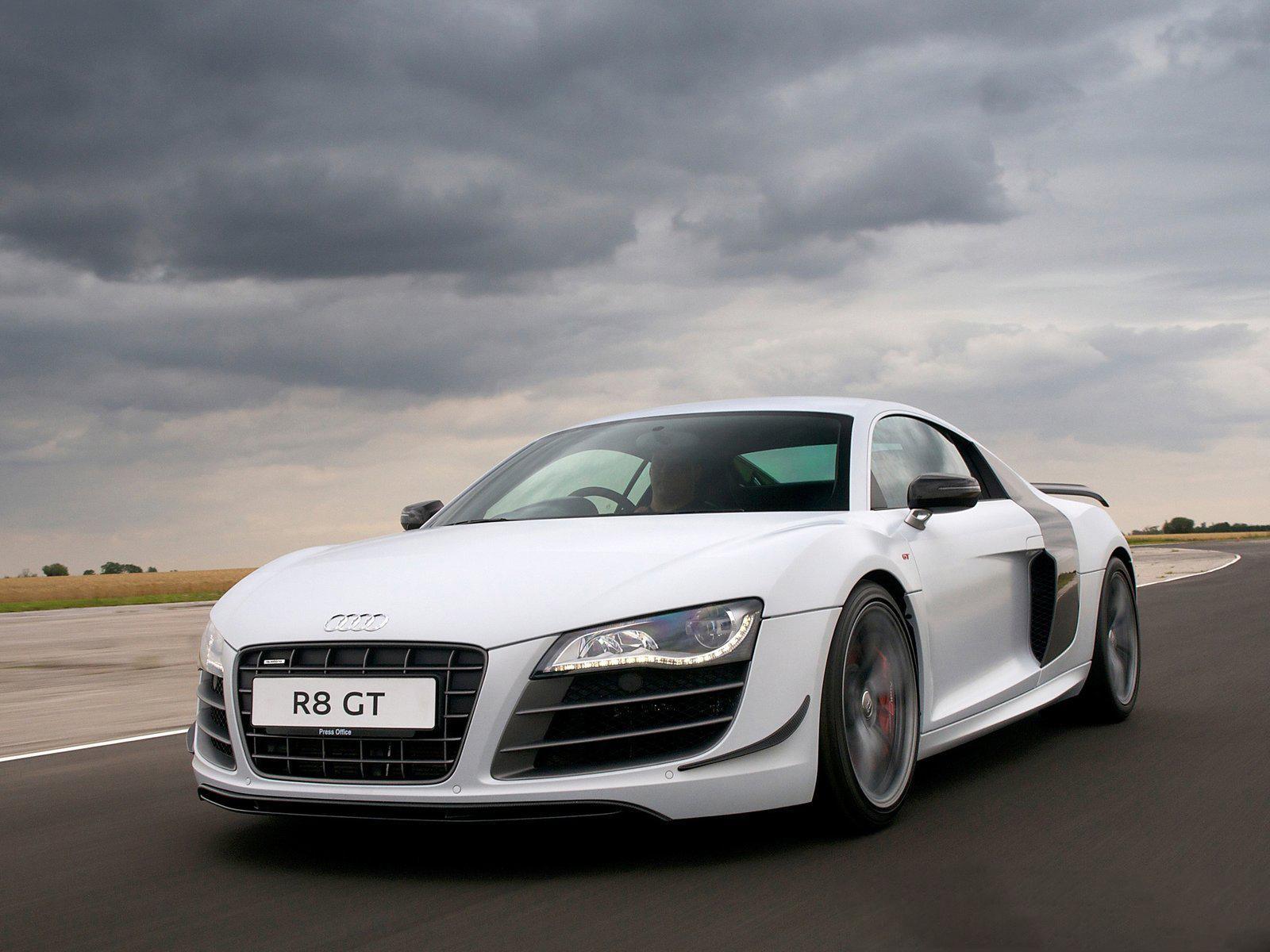 Audi r8 gt front view