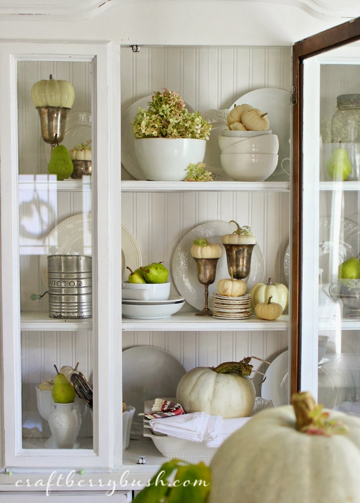 For the love of home a fall hutch for Hutch decor