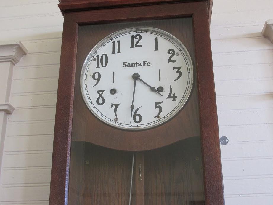santa fe railroad clock