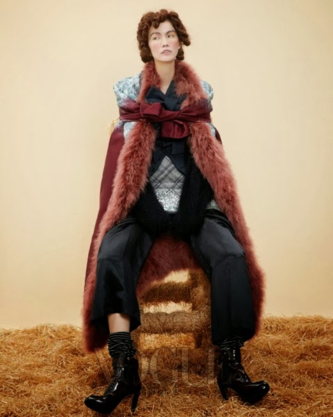 Louis Vuitton AW 2013 Brown furry coat
