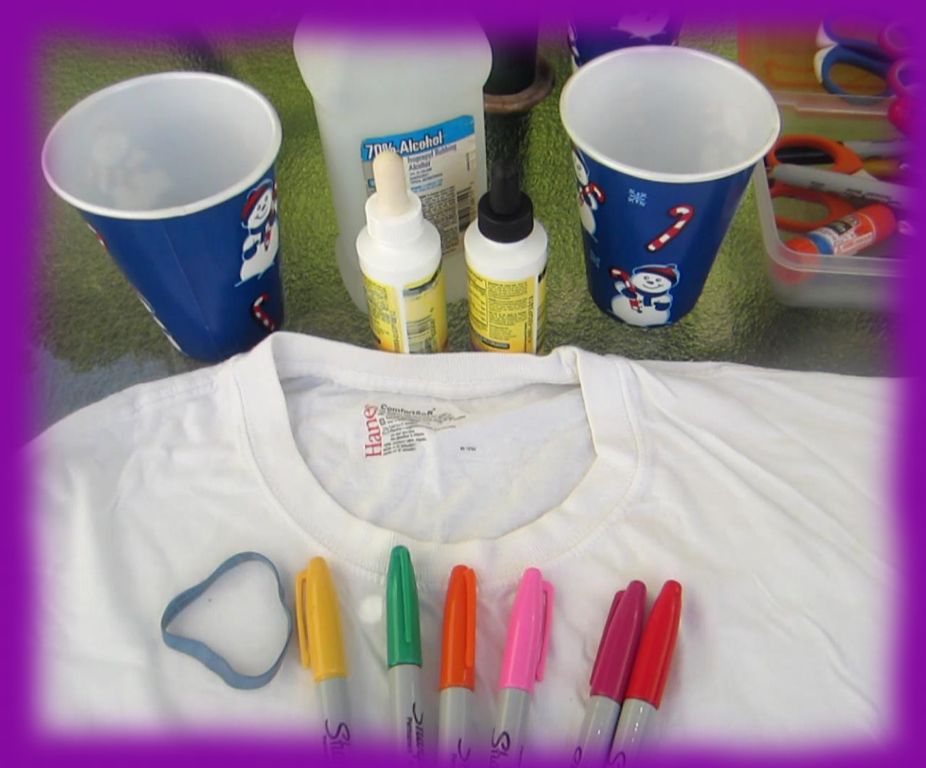 Easymeworld how to make a tie dye t shirt with sharpie for How do you dye a shirt