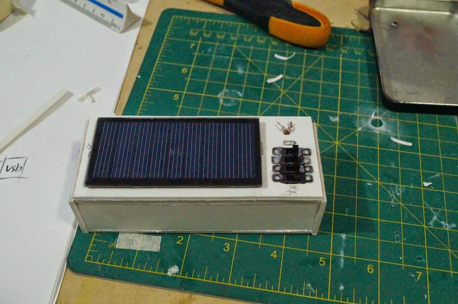 Xxberserkblogxx cargador solar casero 5v 1a para celular for Panel solar pequeno