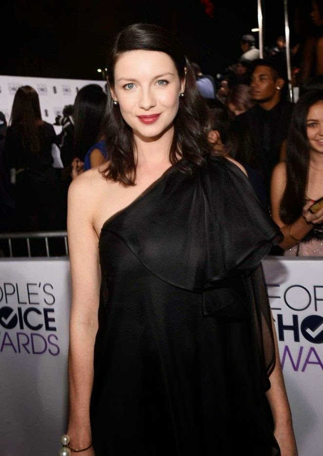No body could ever say that Caitriona Balfe lacks confidence.  The Irish model certainly got a lot of attention in the racy number as she strolled by herself to the red carpet event at Los Angeles, CA, USA on Wednesday night, January 7, 2015.
