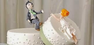 legal de un matrimonio válidamente contraído, durante la vida de