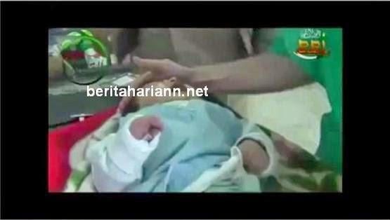 Dua Gambar Bayi 1 Bulan Diper kosa Manusia Bertopengkan Syaitan