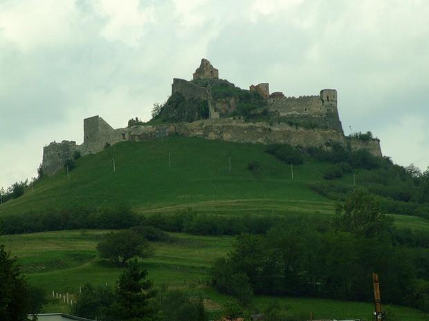 Rupea castle ruins
