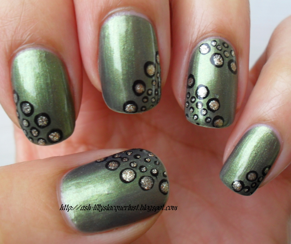 Ash-Lilly\'s Lacquer Lust: Maybelline \'Khaki Green\'