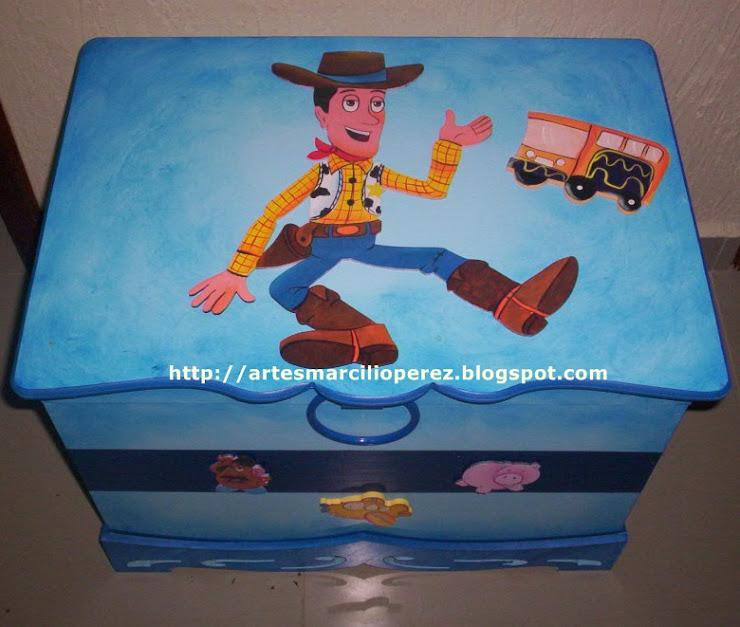 Bau Toy Story R$ 160,00